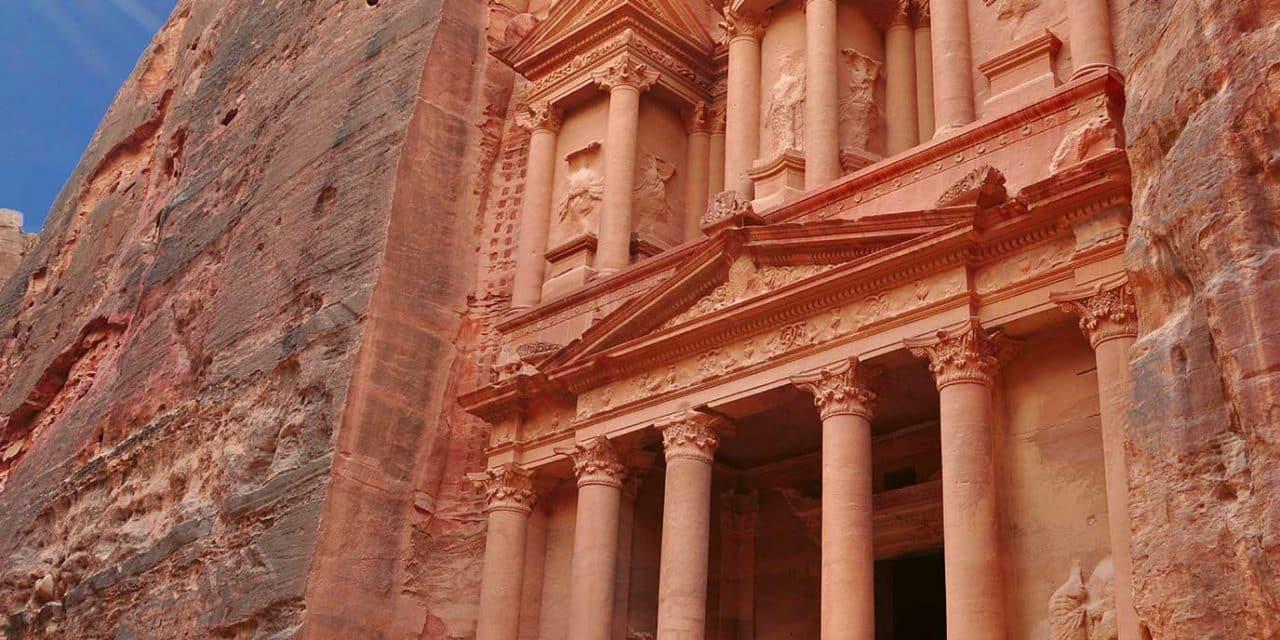https://btgviagens.com.br/wp-content/uploads/2019/09/pacotes-de-viagens-banner-internas-oriente-medio-jordania-1280x640.jpg