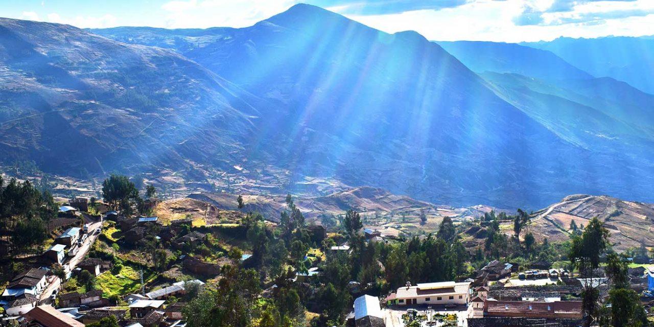 https://btgviagens.com.br/wp-content/uploads/2019/10/pacotes-de-viagens-banner-internas-america-do-sul-chile-santiago-1280x640.jpg