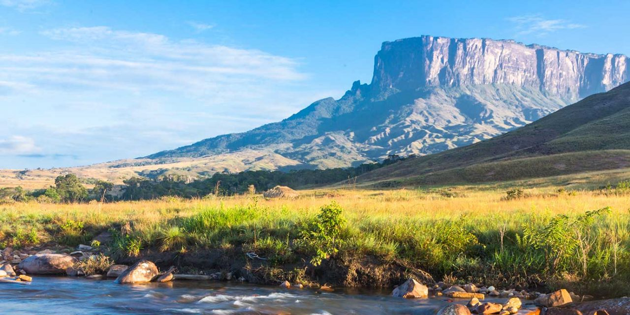 https://btgviagens.com.br/wp-content/uploads/2019/10/pacotes-de-viagens-banner-internas-america-do-sul-venezuela-monte-roraima-1280x640.jpg
