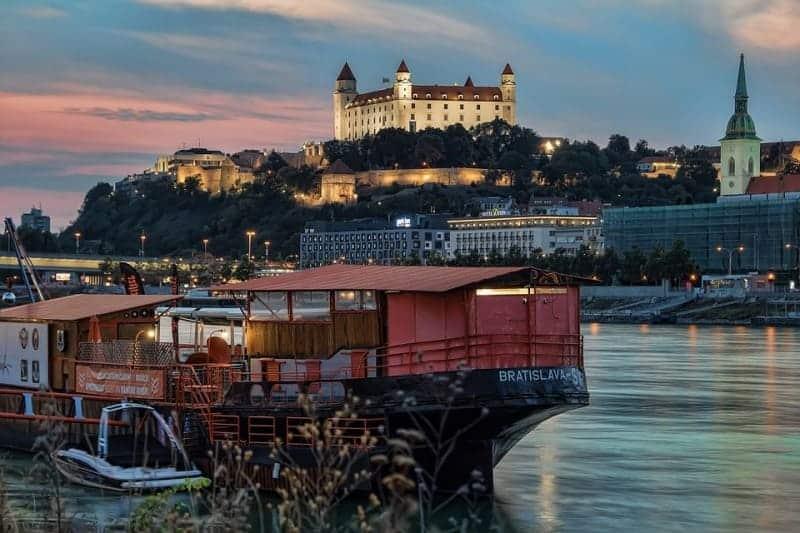https://btgviagens.com.br/wp-content/uploads/2020/01/capitais-imperiais-com-croacia-e-bosnia.jpg